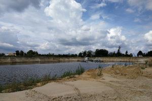pogłębianie zbiornika wodnego do pozyskiwania piasku płukanego i żwiru