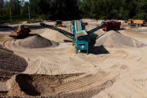 selekcja piasku wiślanego i żwiru w piaskarni w Warszawie